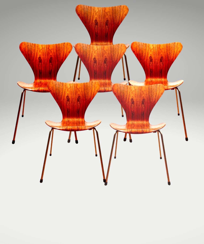 Arne Jacobsen: Series 7 'Butterfly' Chair, Model 3107, Denmark 1955